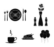 Vase with a flower, table setting, fried chicken with garnish, a cup of coffee.Restaurant set collection icons in black. Style vector symbol stock illustration Royalty Free Stock Photography