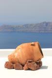 Vase grec traditionnel sur l'île de Santorini Photo libre de droits