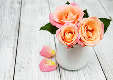 Vase with Pink roses Royalty Free Stock Photos