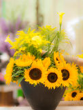 Vase with yellow sunflowers Royalty Free Stock Photography