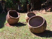 3 vases à argile Images stock