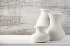 Vases en céramique non vitrés Image stock