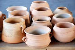 Vases et bac à argile Images libres de droits