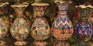 Vases et pots peints en céramique Image stock