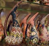 Vases et pots peints en céramique Photos stock
