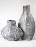 Vases gris à configuration de dentelle Photo stock