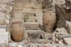 Vasi dell'argilla al palazzo di Knossos Immagini Stock