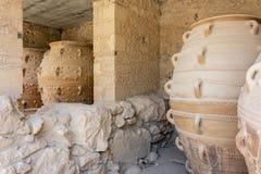 Vasi dell'argilla al palazzo di Knossos Immagini Stock Libere da Diritti