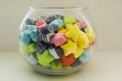 Vaso com estrelas coloridas Imagem de Stock Royalty Free
