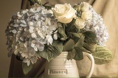 Vaso das flores imagens de stock royalty free