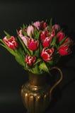 Vaso das tulipas Imagens de Stock