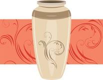 Vaso di ceramica sul bordo ornamentale Fotografie Stock