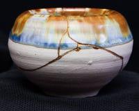 Vaso di Kintsugi immagini stock libere da diritti