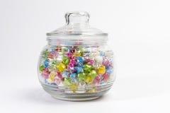 Vaso di vetro delle stelle di carta Fotografie Stock