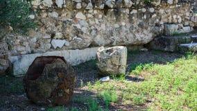 Vaso grego na escavação em Atenas fotografia de stock royalty free