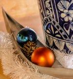 Vaso & palle di Natale Fotografia Stock