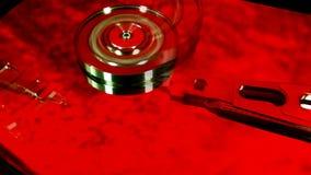 Vassoio del disco rigido colorized archivi video
