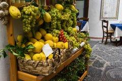 Vassoio della frutta Immagini Stock Libere da Diritti