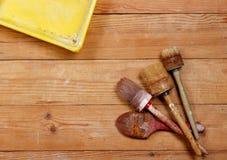Vassoio della pittura e della spazzola Immagini Stock Libere da Diritti