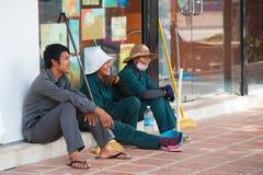 Vassouras de rua cambojanas Imagens de Stock Royalty Free