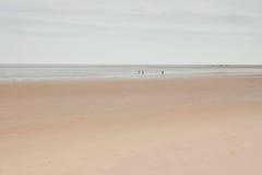 Vasta spiaggia ed orizzonte, Norfolk, Regno Unito Fotografia Stock