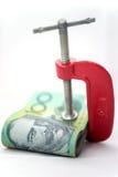 Vastgeklemd Geïsoleerd Papiergeld stock afbeeldingen