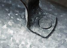 Vastgenageld metaalhandvat stock foto