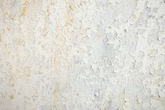 Vastgenageld oud doorstaan roestig witmetaal stock afbeelding