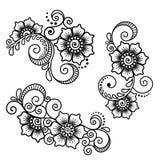 Vastgesteld bloemen abstract element in Indische stijlmehndi Stock Fotografie