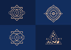 Vastgesteld lineair embleem op alchimie Royalty-vrije Stock Afbeeldingen