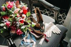 Vastgestelde het huwelijks mooie leunstoel van bruidtoebehoren royalty-vrije stock foto's