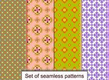 Vastgestelde naadloze patronen van geometrische 3D vormen Voor ontwerp, wallpa Stock Foto's