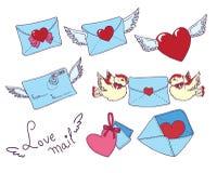Vastgestelde vectore-mail, wikkelt pictogrammen met hart Royalty-vrije Stock Afbeeldingen