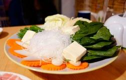 Vastgestelde Versheidsgroente voor het Eten van Shabu Stock Afbeeldingen