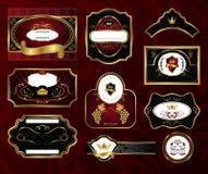 Vastgestelde zwarte gouden-ontworpen etiketten Royalty-vrije Stock Foto's