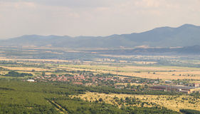 Vasti campi e alte montagne bulgari Fotografie Stock Libere da Diritti