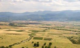 Vasti campi e alte montagne bulgari Immagine Stock Libera da Diritti