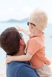Vater mit dem Kind Lizenzfreie Stockfotografie