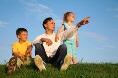 Vater mit Kindern stockfotos