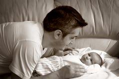 Vater und Schätzchen Stockfotografie