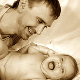Vater und Schätzchen Stockbilder