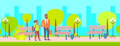 Vater und seine kleine Tochter zurück zu Schulkonzeptgeschäftsmann mit dem Schulmädchen, das zusammen allgemeinen Park im Freien  vektor abbildung