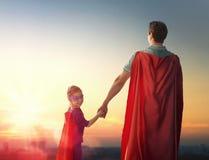 Vater und seine Tochter stockfotografie