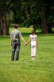 Vater und Tochter draußen Stockfotos