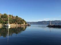 Vathi som seglar liten port Grekland Royaltyfri Foto