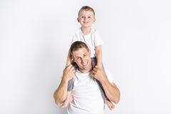 Vati mit Sohn stockbild