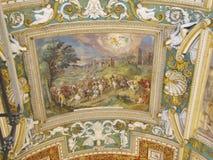 Vatican City har många härliga frescoes och mosaiker royaltyfri bild