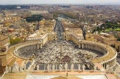 Vatican, cuadrado de San Pedro,   Foto de archivo libre de regalías