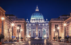 Vatican en la noche Imagenes de archivo