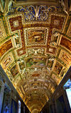 Vatican-Museums-Karten-Raum innerhalb der Decke Rom Italien Stockfotografie